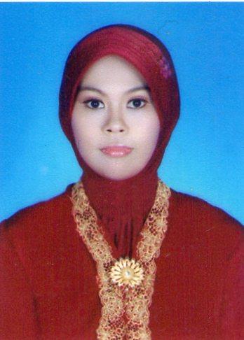 Dewi Anggraeni, SE